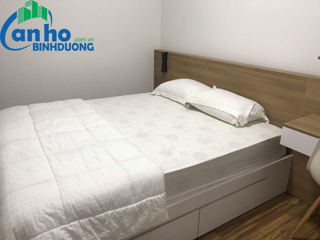 Cho thuê căn hộ 2 phòng ngủ có ban công, DT 78 m2 đầy đủ nội thất tại tầng 14 chung cư Habitat Bình Dương